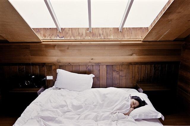 schlafen bei arthrose schmerzen selbsttest arthrosetest